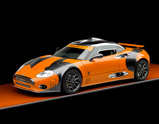 AUT 44 RK0034 01 © Kimball Stock 2009 Spyker C8 Laviolette LM85 Orange And Black 3/4 Front View Studio