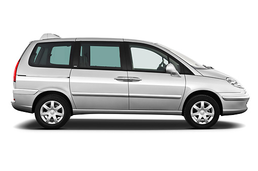 AUT 46 IZ0217 01 © Kimball Stock 2013 Peugeot 807 SV Executive Minivan Silver Profile View On White Seamless