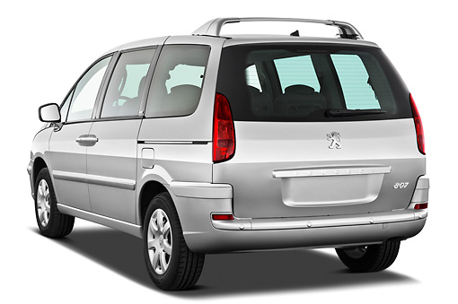 AUT 46 IZ0221 01 © Kimball Stock 2013 Peugeot 807 SV Executive Minivan Silver 3/4 Rear View On White Seamless