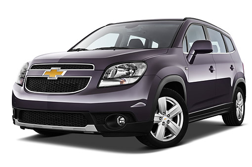 AUT 49 IZ0036 01 © Kimball Stock 2013 Chevrolet Orlando LTZ+ MPV Purple 3/4 Front View On White Seamless