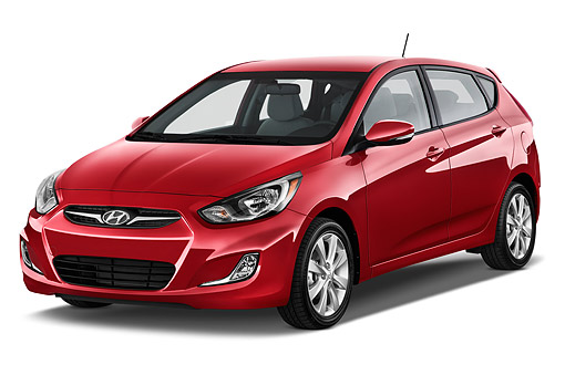AUT 50 IZ0392 01 © Kimball Stock 2015 Hyundai Accent SE 6 Speed Automatic 5-Door Hatchback 3/4 Front View In Studio