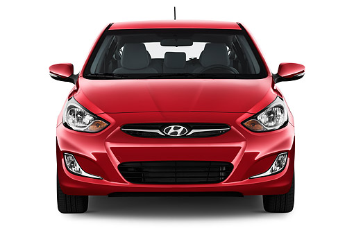 AUT 50 IZ0395 01 © Kimball Stock 2015 Hyundai Accent SE 6 Speed Automatic 5-Door Hatchback Front View In Studio
