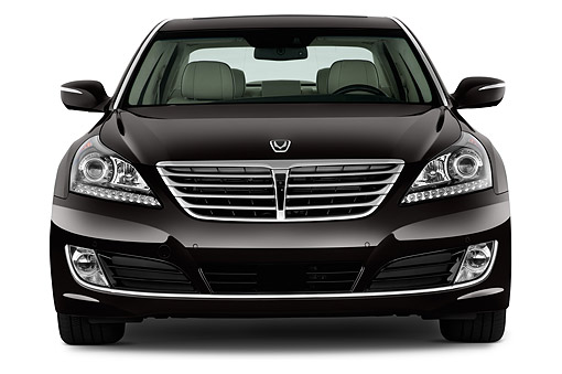 AUT 50 IZ0424 01 © Kimball Stock 2014 Hyundai Equus Ultimate 4-Door Sedan Front View In Studio