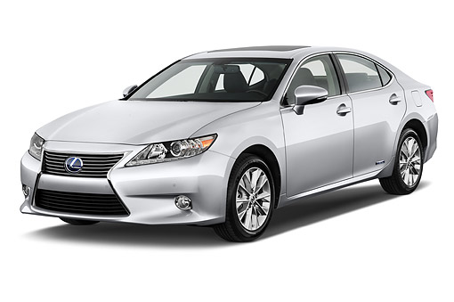 AUT 50 IZ0694 01 © Kimball Stock 2015 Lexus ES 300h 4-Door Sedan 3/4 Front View In Studio