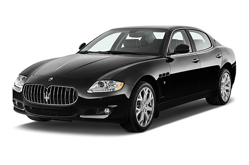 AUT 50 IZ0799 01 © Kimball Stock 2015 Maserati Quattroporte 4-Door Sedan 3/4 Front View In Studio