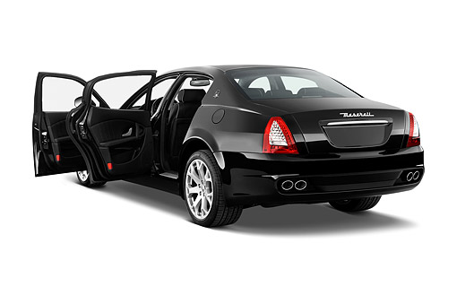 AUT 50 IZ0801 01 © Kimball Stock 2015 Maserati Quattroporte 4-Door Sedan 3/4 Rear View In Studio