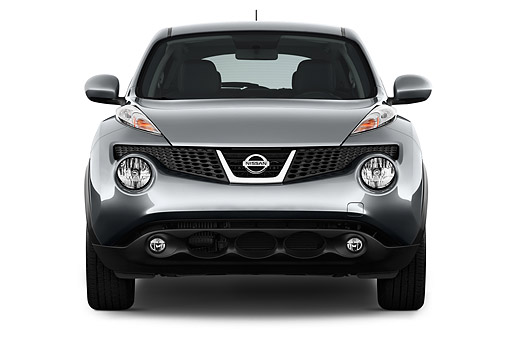 AUT 50 IZ0935 01 © Kimball Stock 2014 Nissan Juke SV AWD CVT 5-Door Front View In Studio