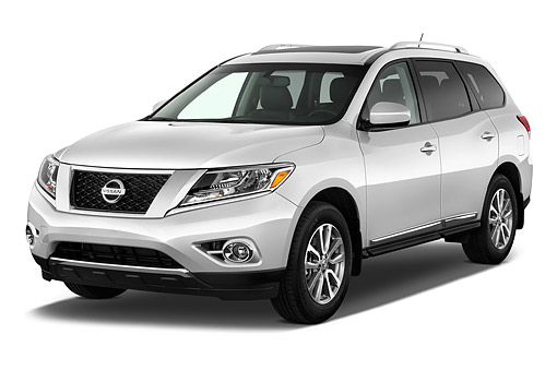 AUT 50 IZ0960 01 © Kimball Stock 2015 Nissan Pathfinder SL 2WD 5-Door SUV 3/4 Front View In Studio