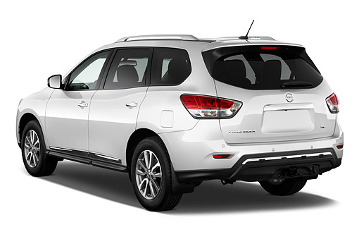 AUT 50 IZ0961 01 © Kimball Stock 2015 Nissan Pathfinder SL 2WD 5-Door SUV 3/4 Rear View In Studio
