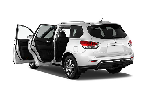 AUT 50 IZ0962 01 © Kimball Stock 2015 Nissan Pathfinder SL 2WD 5-Door SUV 3/4 Rear View In Studio
