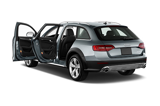 AUT 51 IZ0106 01 © Kimball Stock 2015 Audi Allroad 2.0 TFSI Quattro 8 Speed Tiptronic 4-Door Wagon 3/4 Rear View In Studio
