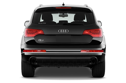 AUT 51 IZ0122 01 © Kimball Stock 2015 Audi Q7 3.0 TDI Quattro Tiptronic Premium 5-Door SUV Rear View In Studio