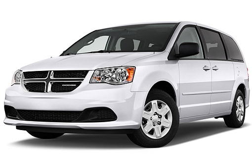AUT 51 IZ0243 01 © Kimball Stock 2015 Dodge Grand Caravan SE 4-Door Mini Van Low 3/4 Front View In Studio
