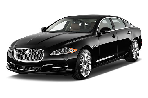 AUT 51 IZ0393 01 © Kimball Stock 2015 Jaguar XJ Series XJL Supercharged 4-Door Sedan 3/4 Front View In Studio