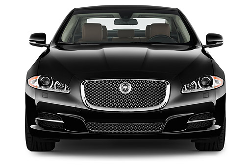 AUT 51 IZ0396 01 © Kimball Stock 2015 Jaguar XJ Series XJL Supercharged 4-Door Sedan Front View In Studio