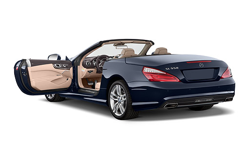 AUT 51 IZ0500 01 © Kimball Stock 2015 Mercedes Benz SL-Class SL550 2-Door Roadster 3/4 Rear View In Studio