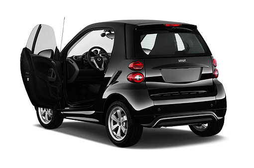 AUT 51 IZ0632 01 © Kimball Stock 2015 Smart Fortwo Passion 2-Door Coupe Low 3/4 Rear View In Studio