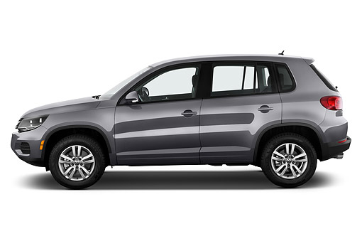 AUT 51 IZ0798 01 © Kimball Stock 2015 Volkswagen Tiguan 2.0t S Auto 5-Door SUV Profile View In Studio