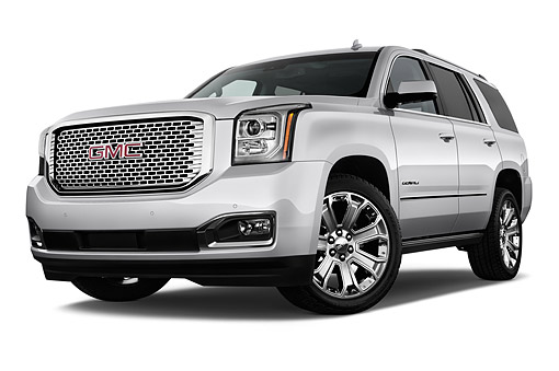 AUT 51 IZ2652 01 © Kimball Stock 2015 GMC Yukon Denali 2WD 5-Door SUV Low 3/4 Front View In Studio