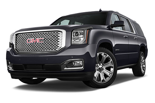 AUT 51 IZ2667 01 © Kimball Stock 2015 GMC Yukon XL Denali 2WD 5-Door SUV Low 3/4 Front View In Studio