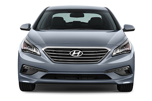 AUT 51 IZ2699 01 © Kimball Stock 2015 Hyundai Sonata Limited i4 AT 4-Door Sedan Front View In Studio