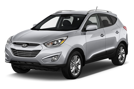 AUT 51 IZ2703 01 © Kimball Stock 2015 Hyundai Tucson SE AWD 5-Door SUV 3/4 Front View In Studio