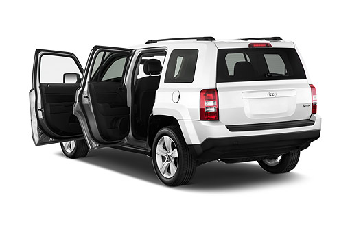 AUT 51 IZ2754 01 © Kimball Stock 2015 Jeep Patriot Latitude 5-Door SUV 3/4 Rear View In Studio