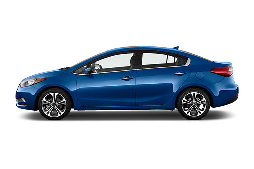 AUT 51 IZ2785 01 © Kimball Stock 2015 KIA Forte EX AT 4-Door Sedan Profile View In Studio