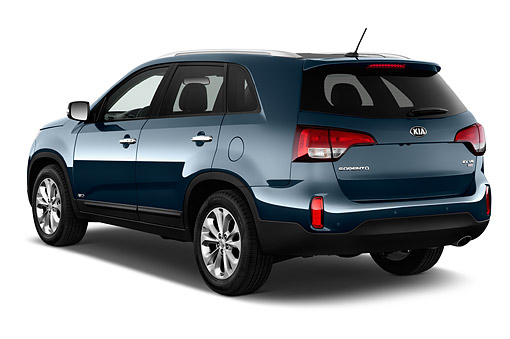 AUT 51 IZ2816 01 © Kimball Stock 2015 KIA Sorento EX V6 AT 5-Door SUV 3/4 Rear View In Studio