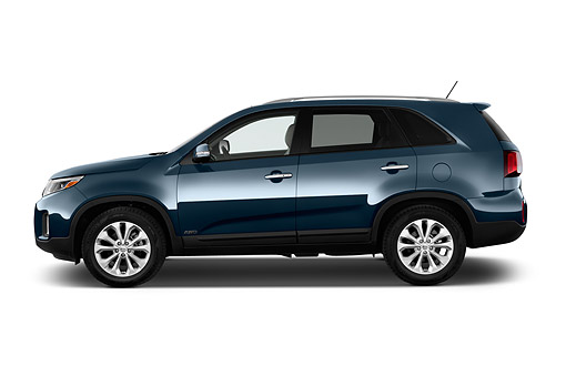 AUT 51 IZ2820 01 © Kimball Stock 2015 KIA Sorento EX V6 AT 5-Door SUV Profile View In Studio