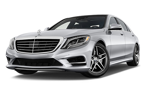 AUT 51 IZ2919 01 © Kimball Stock 2015 Mercedes Benz S-Class 550 4-Door Sedan Low 3/4 Front View In Studio