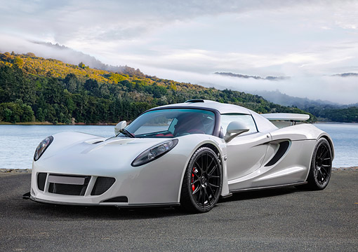 AUT 51 RK0003 01 © Kimball Stock 2014 Hennessey Venom GT White 3/4 Front View On Pavement By Lake