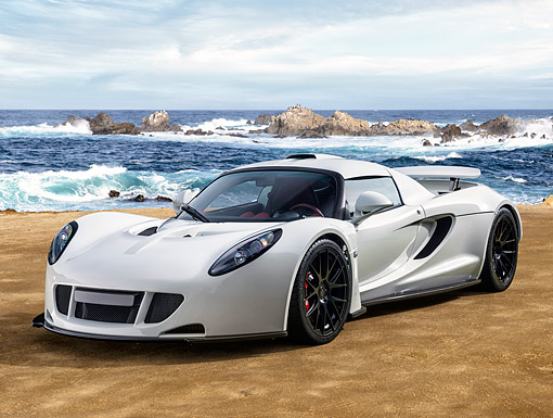 AUT 51 RK0004 01 © Kimball Stock 2014 Hennessey Venom GT White 3/4 Front View On Beach