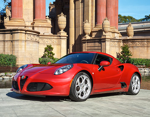 AUT 51 RK0069 01 © Kimball Stock 2015 Alfa Romeo 4c Coupe Red 3/4 Front View By Lake And Columns