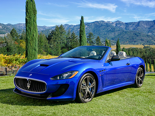 AUT 51 RK0097 01 © Kimball Stock 2015 Maserati GranTurismo MC Edition Blue 3/4 Front View By Vineyard And Hills