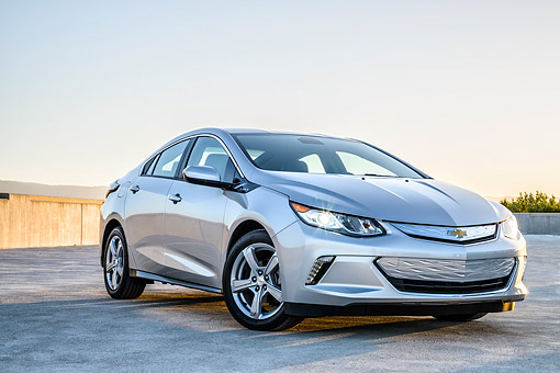 AUT 52 BK0009 01 © Kimball Stock 2016 Chevrolet Volt Silver 3/4 Front View By Building