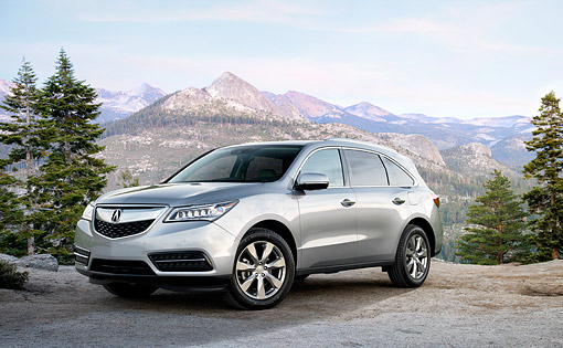 AUT 52 BK0036 01 © Kimball Stock 2016 Acura MDX SH-AWD Silver 3/4 Front View By Mountains