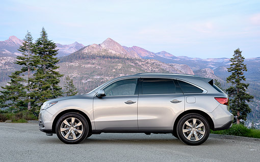 AUT 52 BK0037 01 © Kimball Stock 2016 Acura MDX SH-AWD Silver Side View By Mountains