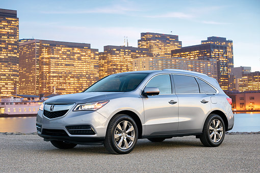 AUT 52 BK0038 01 © Kimball Stock 2016 Acura MDX SH-AWD Silver 3/4 Front View By City