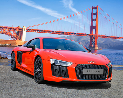 AUT 53 RK0001 01 © Kimball Stock 2017 Audi R8 Red 3/4 Front View Sitting By Golden Gate Bridge