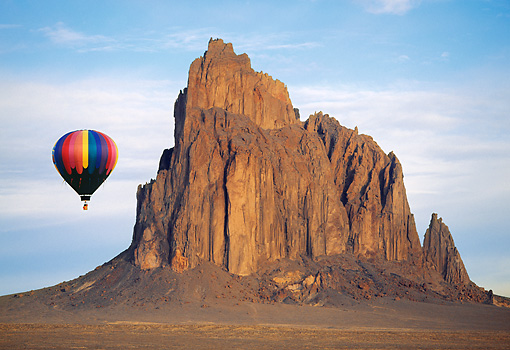 BAL 01 RW0001 01 © Kimball Stock Hot Air Balloon Flying By Desert Mountain