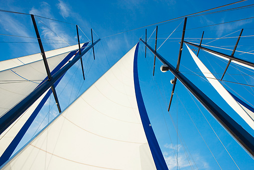 BTS 01 MH0001 01 © Kimball Stock Low Angle View Of Yacht With Full Sails