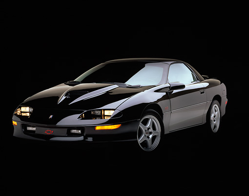 CAM 02 RK0005 06 © Kimball Stock 1996 Chevrolet Camaro SS Black 3/4 Front View Studio