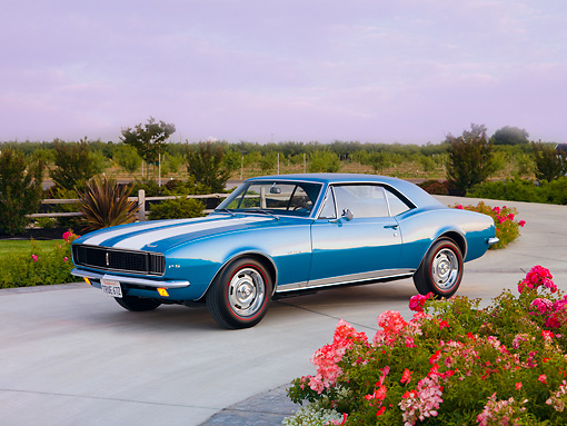 CAM 03 RK0173 01 © Kimball Stock 1967 Chevrolet Camaro Z-28 LeMans Blue 3/4 Front View By Flowers