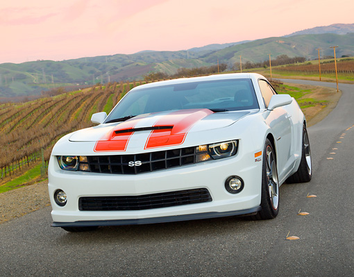 CAM 04 RK0184 01 © Kimball Stock 2011 Chevrolet SLP Camaro ZL 585 White With Red Stripes 3/4 Front View On Road By Vineyard