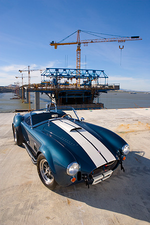 COB 01 RK0118 01 © Kimball Stock 1966 Shelby Cobra 427 SC Replica Blue And White Overhead 3/4 Fron View On Pavement