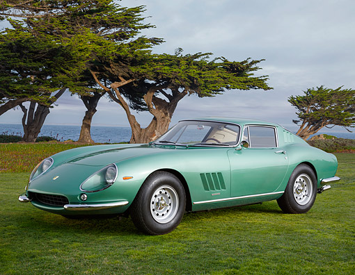FRR 04 BK0019 01 © Kimball Stock 1966 Ferrari 275 GTB 8545 Blue-Green 3/4 Front View On Grass By Water