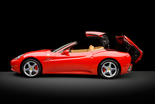 FRR 04 RK0606 01 © Kimball Stock 2009 Ferrari California Red Profile View Studio