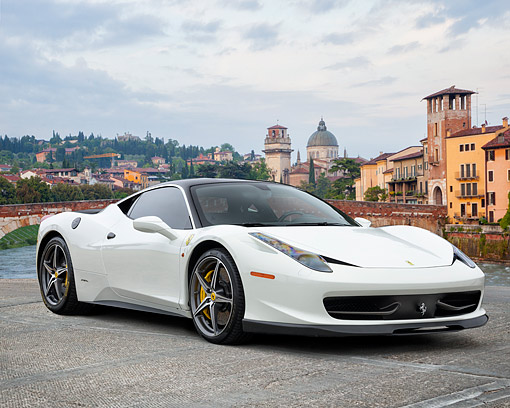 FRR 04 RK0729 01 © Kimball Stock 2015 Ferrari 458 Italia White 3/4 Front View By Old Town And River