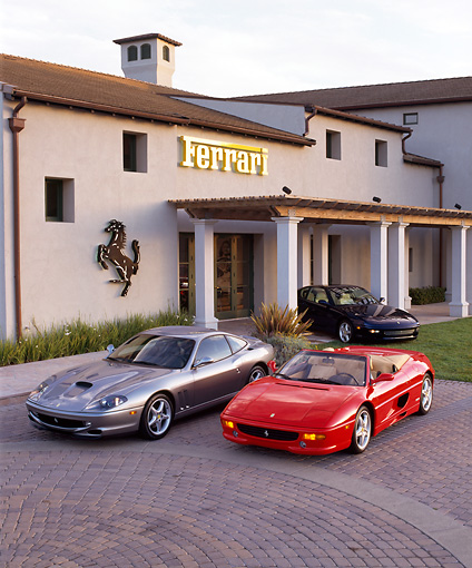 FRR 04 RK0002 05 © Kimball Stock 1997 Ferrari 550, 456 And F355 Spyder 3/4 Front View By Ferrari Building